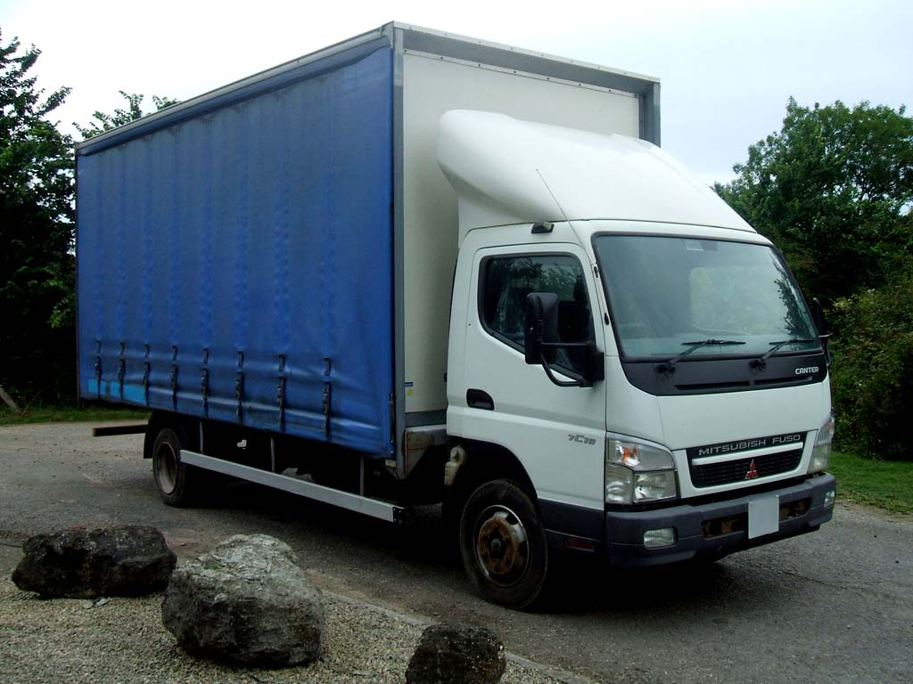 Mitsubishi Fuso Canter 7C18 Curtain Side 4×2 2008 – 150825CW